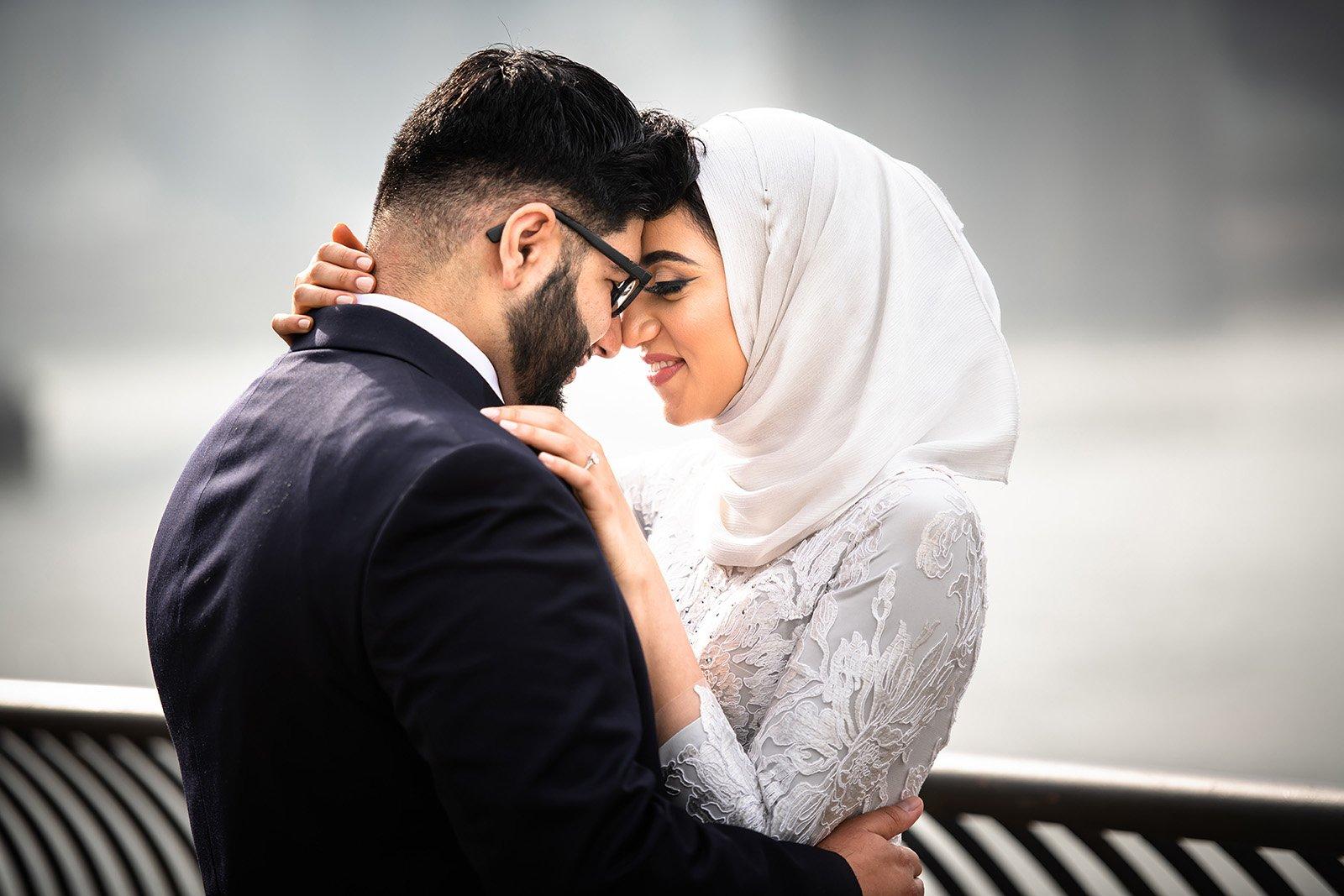 Muslim-Pre-Wedding-Photo-DUMBO Engagement
