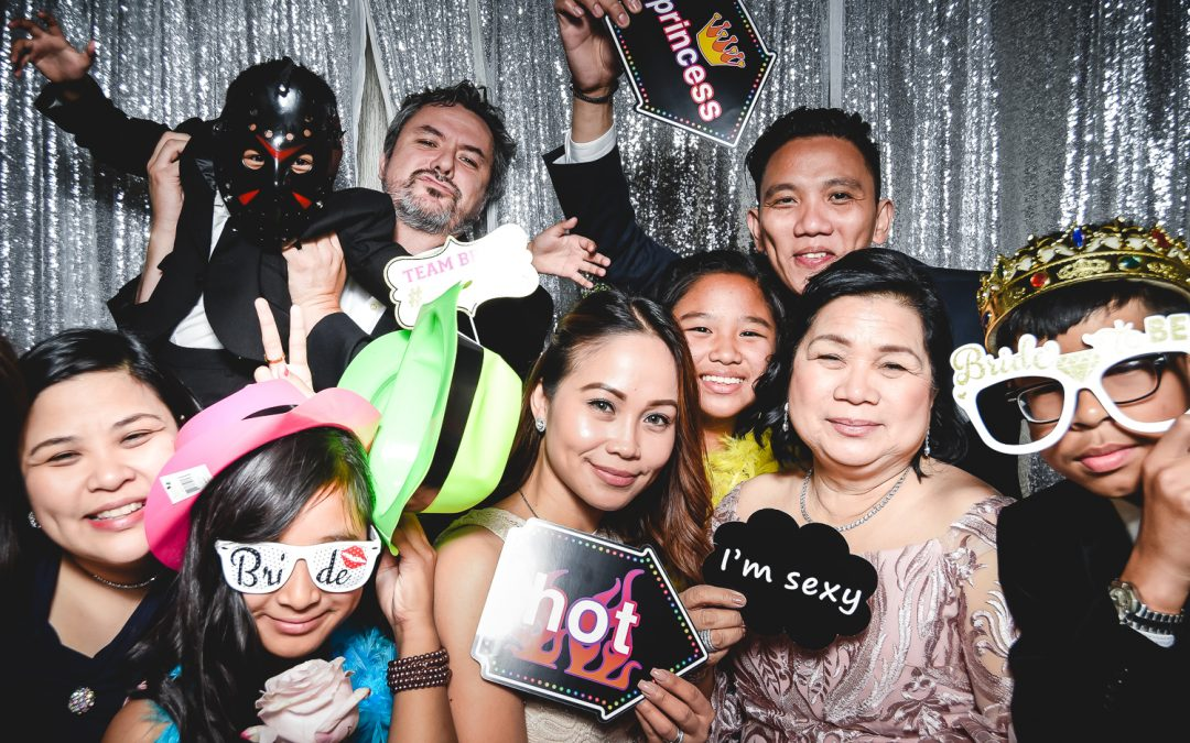 Why You Must absolutely Have a Photo Booth at Your Wedding