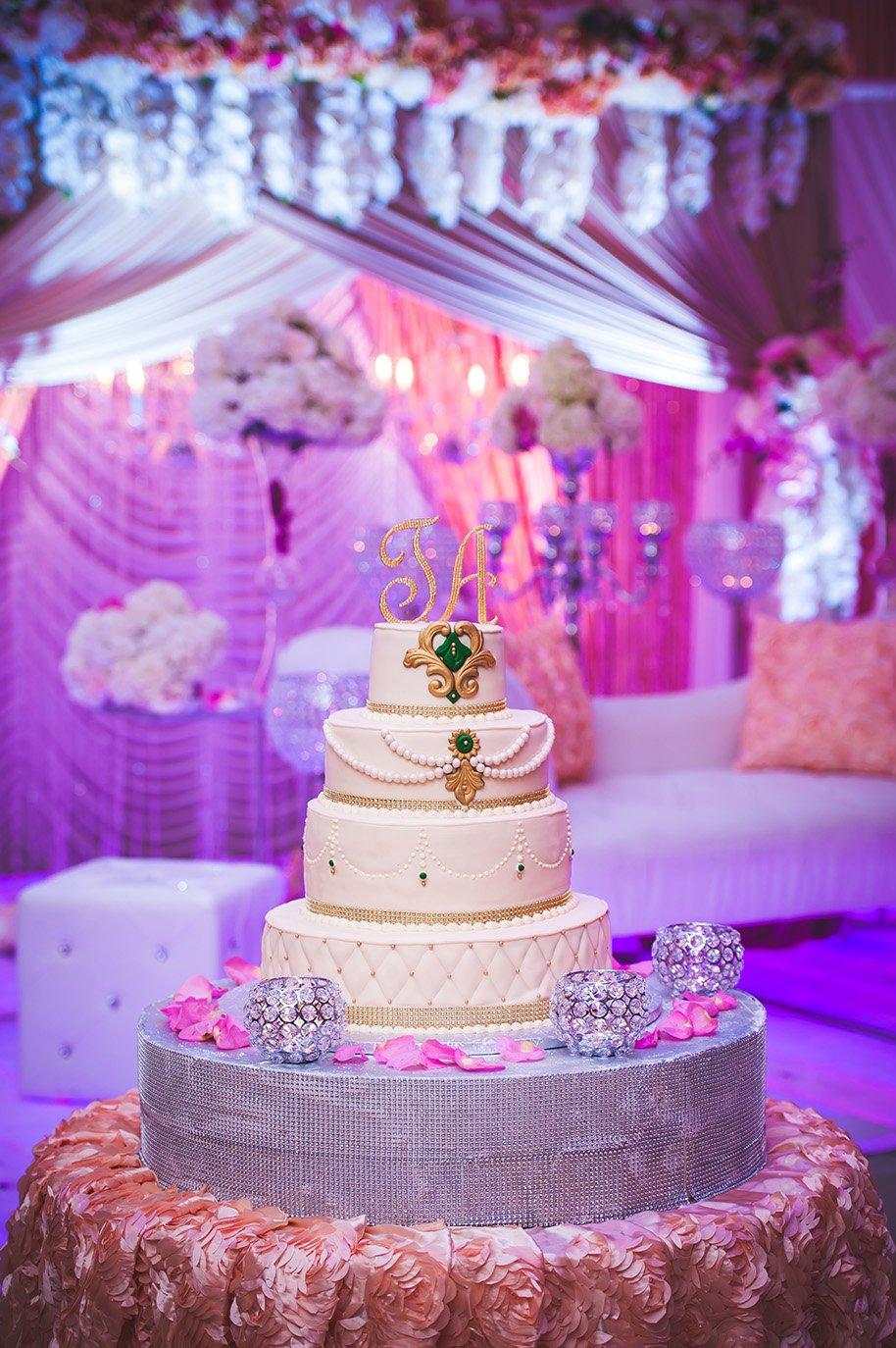 Da-Mikele-Illagio-Wedding-Cake-Photo Details