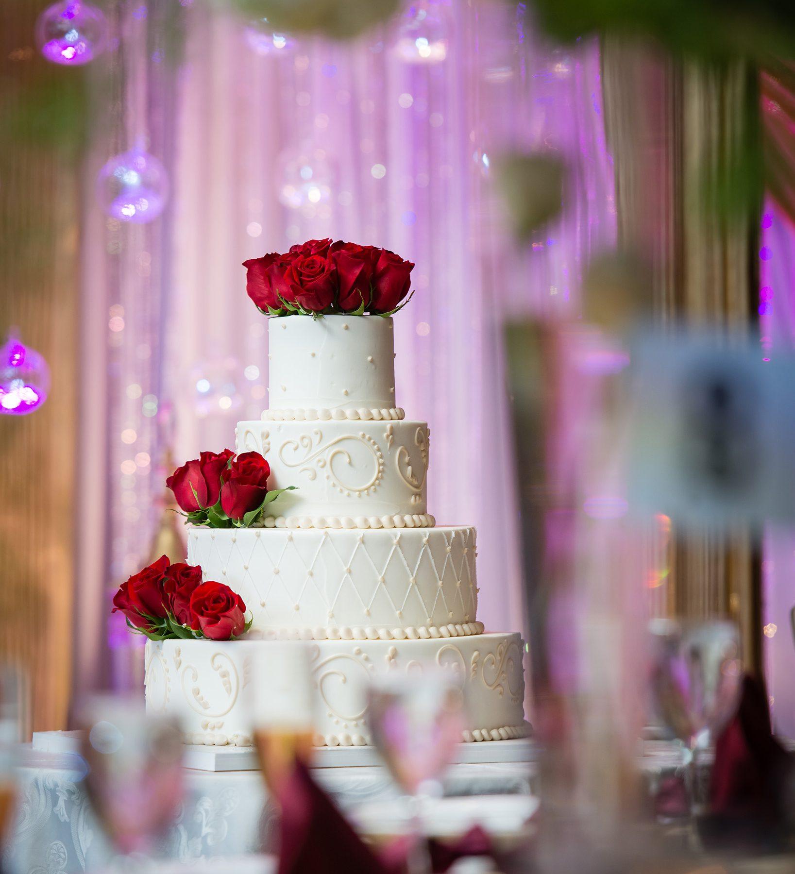 Wedding-Cake-Photo-1637x1800 Details